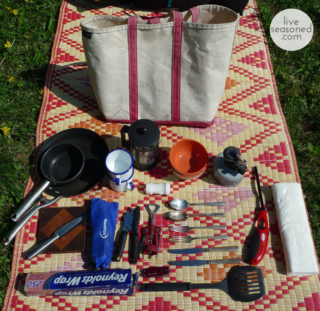 liveseasoned_spring2014_packyourbags4_wm