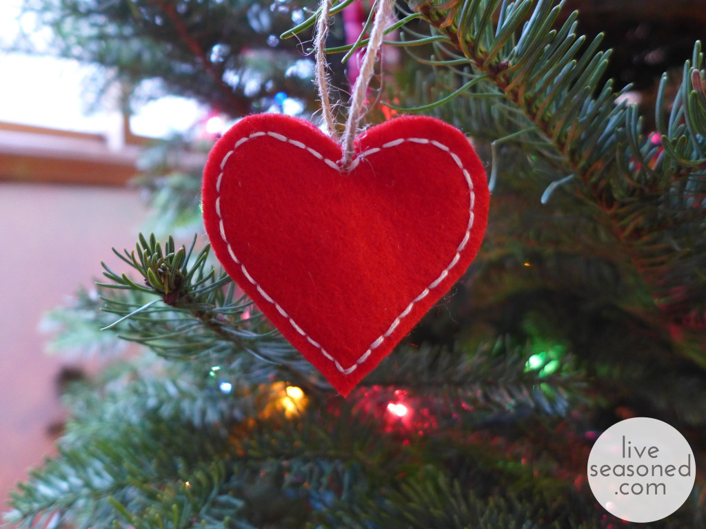 743 tags christmas decorations festival holiday christmas tree views - Liveseasoned_w2015_feltornament1_wm