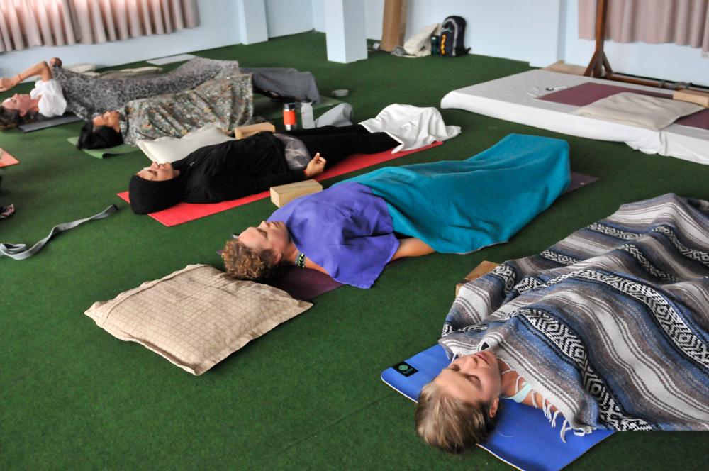 live seasoned yoga teacher training rishikul -1-5