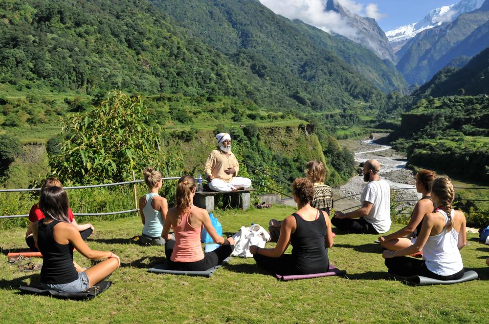 live seasoned yoga teacher training rishikul -16