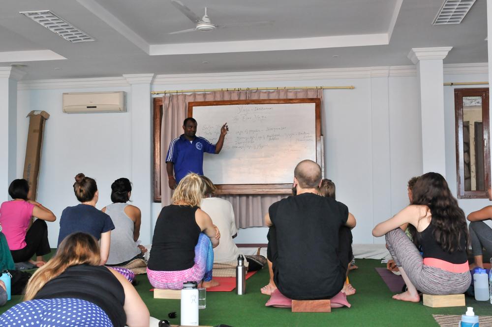 live seasoned yoga teacher training rishikul -2