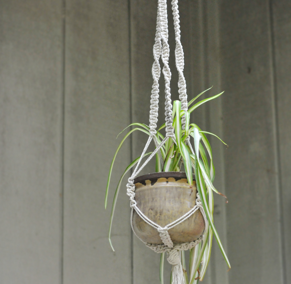 how to make a macrame plant hanger diy macrame plant hangers 6982